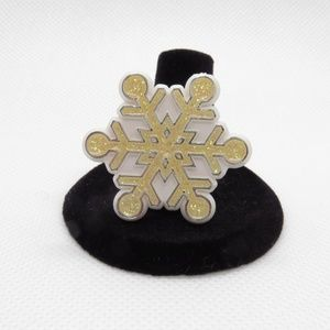 Snowflake Hallmark Winter Christmas Pin or Brooch